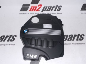 Tampa do motor BMW 1 (E81)/BMW 1 Coupe (E82)/BMW 1 (E87)/BMW 1 Convertible (E88)/BMW 3 Touring (E91)/BMW 3 Coupe (E92)/BMW 3 Convertible (E93)/BMW 5 (E60)/BMW 5 Touring (E61)/BMW X3 (E83)/BMW X1 (E84) Cor Unica Semi-Novo